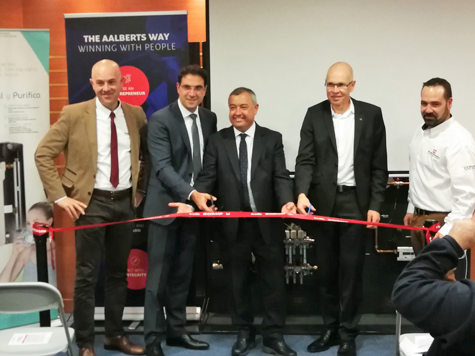 Standard Hidráulica opens the new facilities in Pinto, Madrid.