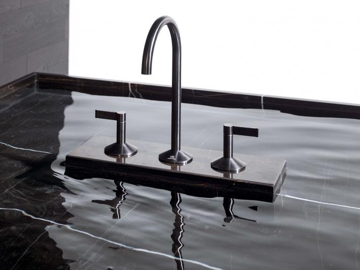 Lignage by Noken Porcelanosa Bathroom.
