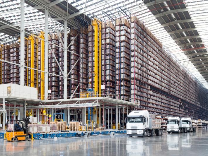 Porcelanosa Group Logistics Centre.