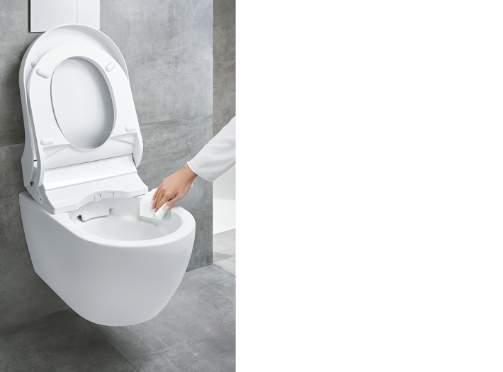 AquaClean Tuma Confort Rimfree by Geberit.