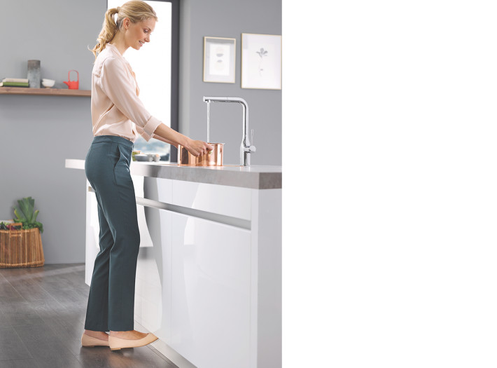 GROHE Essence FootControl.