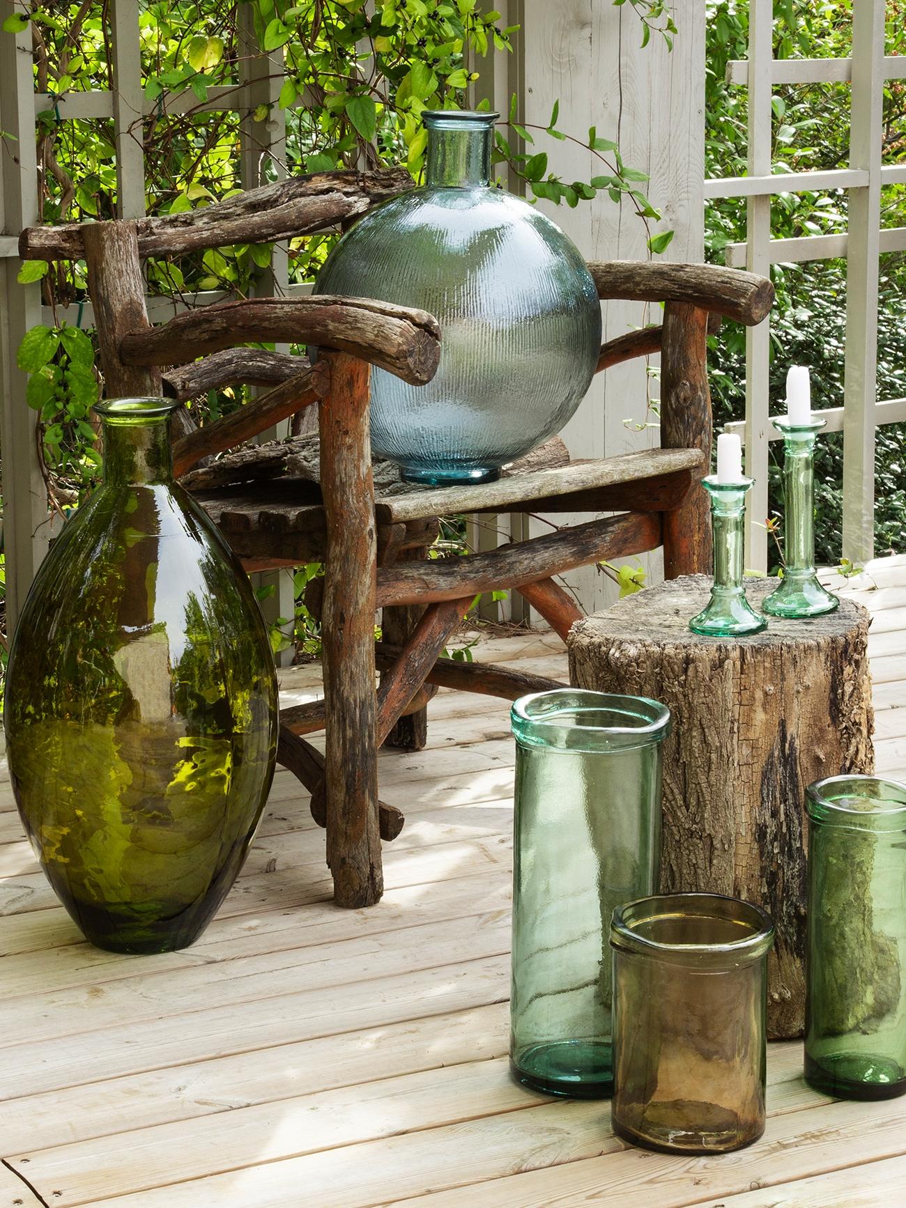 Los materiales naturales triunfan en la decoración de interiores y exteriores.