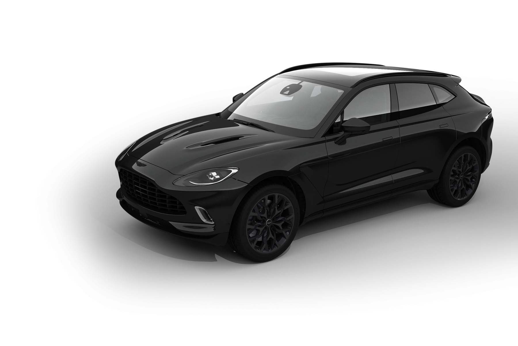 Cada hogar va acompañado de un Aston Martin DBX de edición especial diseñado por Sir David Adjaye.