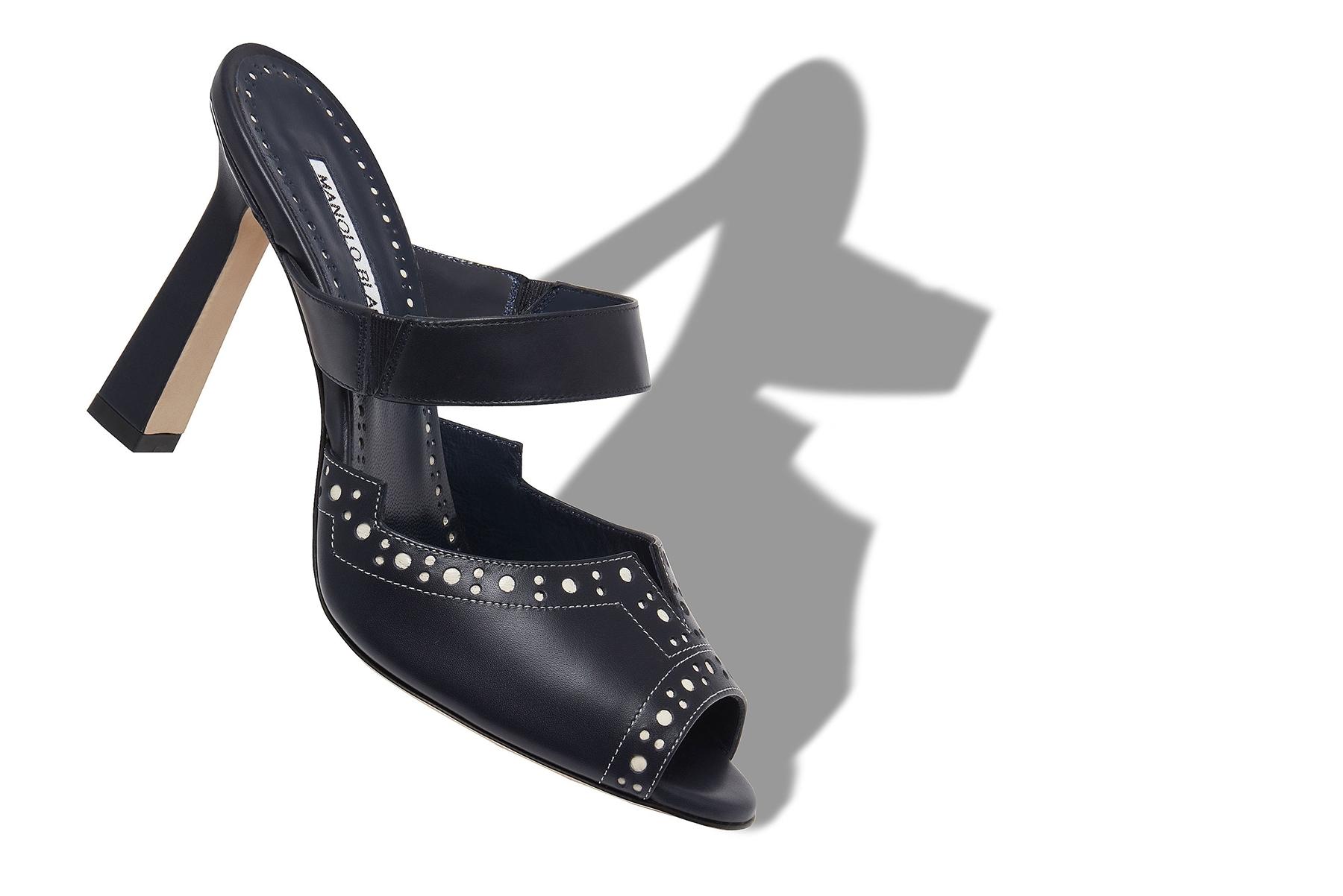 Zapatos de Manolo Blahnik.